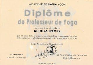 Nicolas Leroux : Diplôme de Professeur de Yoga de l'Académie de Hatha Yoga Marseille